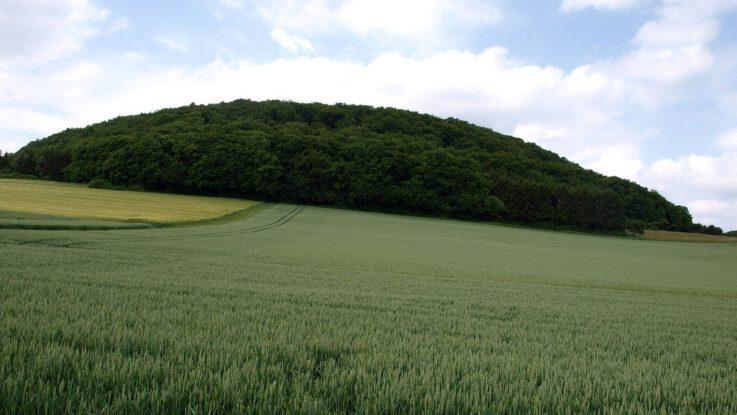 Was ist der Bausenberg in der Eifel und wie ist dieser Berg entstanden?